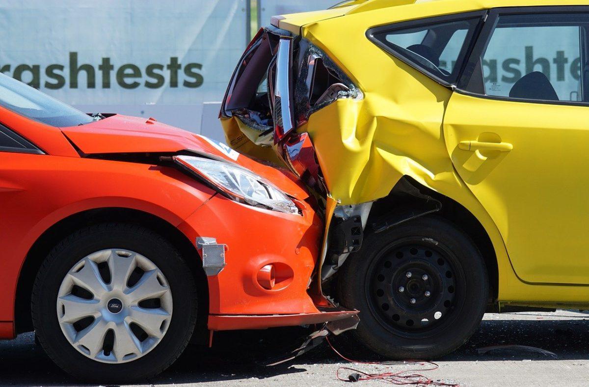 Najczęściej polisa zabezpieczenia pokrywa wypłatę wynagrodzenia w wypadku…